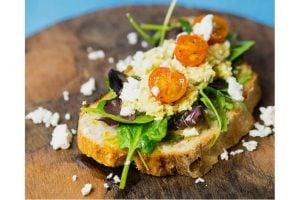 Bruschettamacka Med Fetaost Och Tomater Recept
