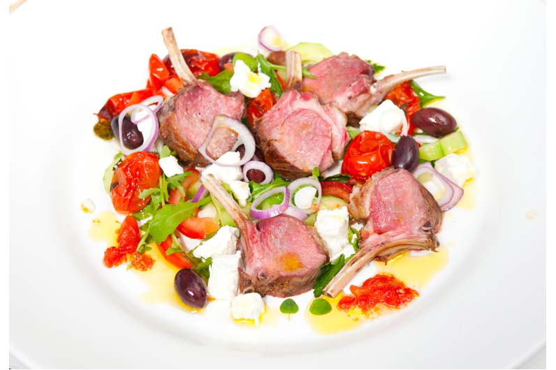 Grillade Lammracks Med Grekisk Snabbsallad Recept