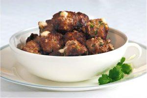 Köttbullar Med Saganaki Recept