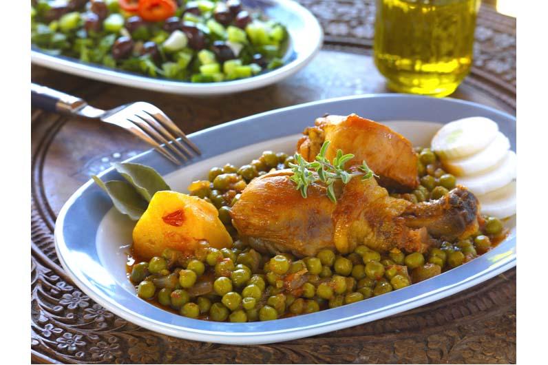 Kyckling Med Ärtor Och Kronärtskocka Recept