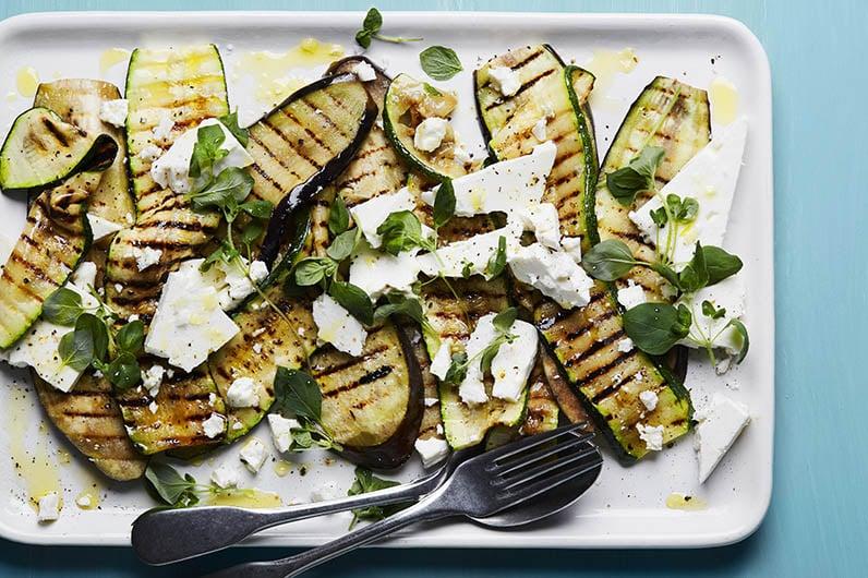 Feta med grillad zucchini och aubergine recept