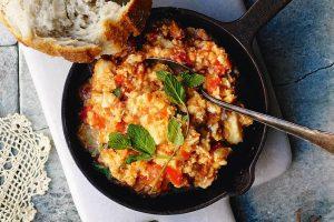 Cypriotisk Agg Och Tomatrora Recept