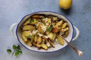 Ugnsbakad potatis med fetaost recept