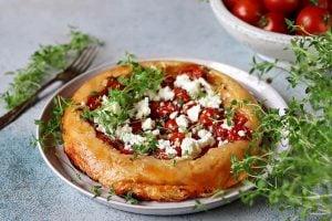 Tomat tarte tatin med timjan och fetaost